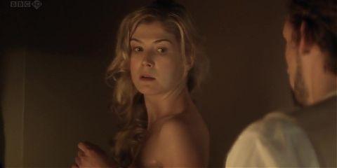 Rosamund Pike nude - Women in Love part 2 (2011)