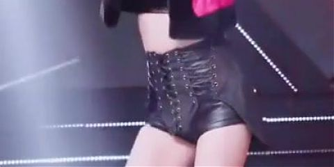 Bust A Thick Ass Nut For SuA And Her Thighs