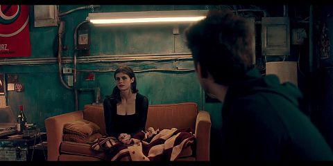 Alexandra Anna Daddario - D1e in a Gunfight