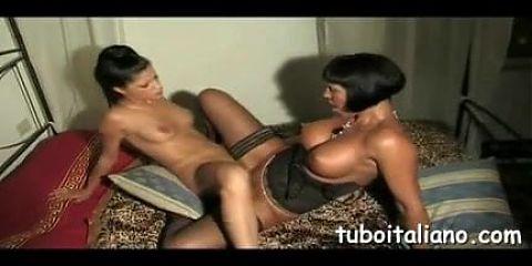 Valentina Demy – lesbian scene